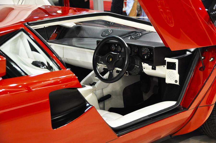 Lamborghini Countach Hire Uk Day Weekend Wedding